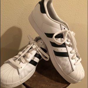 Adidas vintage sneakers